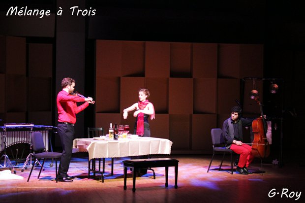 MÉLANGE À TROIS is an instrumental theater work, set for violin, cello and percussion. In this voiceless opera, each musician embodies a character in an enchanting tale of misplaced love.